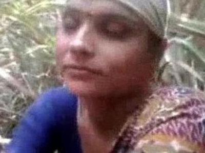 Desi Aunty Fucked Outdoor | aunty  desi girls  outdoor