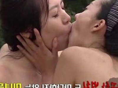 Korean Erotica Beach | beach   exotic sex   korean girls