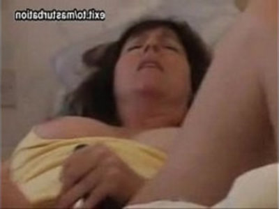 Joana toying pussy with legs | amateur  bedroom  dildo  legs  masturbation  mature  milf  mother  orgasm  pussy