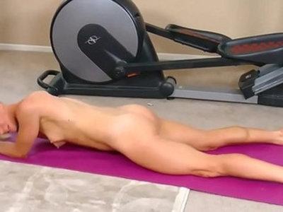 Yoga masturbation | amateur  masturbation  muscle  spandex  stretching  webcam show  webcams  yoga