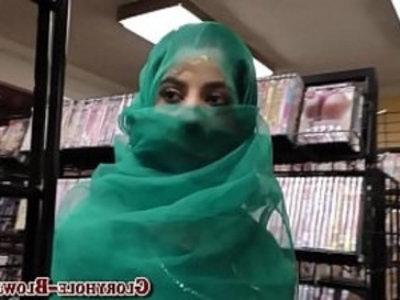 Arab babe sucks black rod | arabian girls  baby  black  blowjob  cock sucking  cumshots  facials  gloryhole  handjob  hardcore
