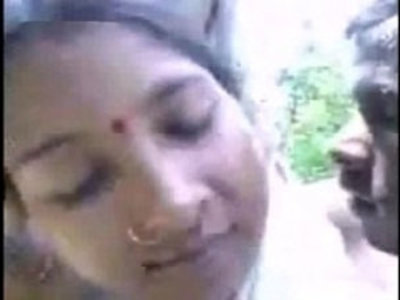 Village Couple caught Fucking in Forest | amateur  caught  couple  desi girls  indian girls
