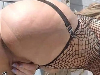 Lynda leigh british milf outdoor pussy boobs ass flash | ass   boobs   british girls   drilling   milf   outdoor   pussy   smoking