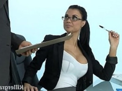 Sexy Milf Jasmine Jae plays the office with slut addicted to hard mamba cock | blowjob   british girls   cock   cum in mouth   glasses   hardcore   milf   office   sexy girls   shaved pussy