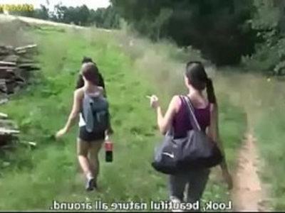 tre amiche spompinano | blowjob  friends