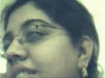 Indian gal at yahoo cam | indian girls