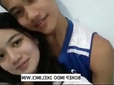 Toket Mahasiswi Cantik Di Remes kayak Mie Anak Mas win | indonesian girls  pornstars